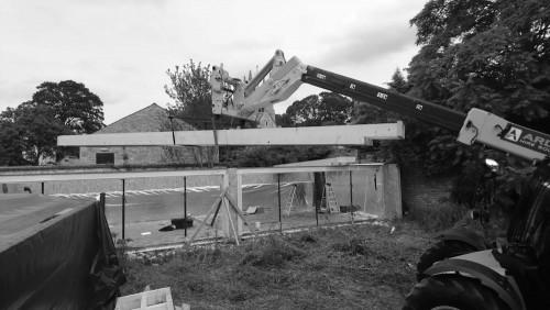 construction of a garden car showroom