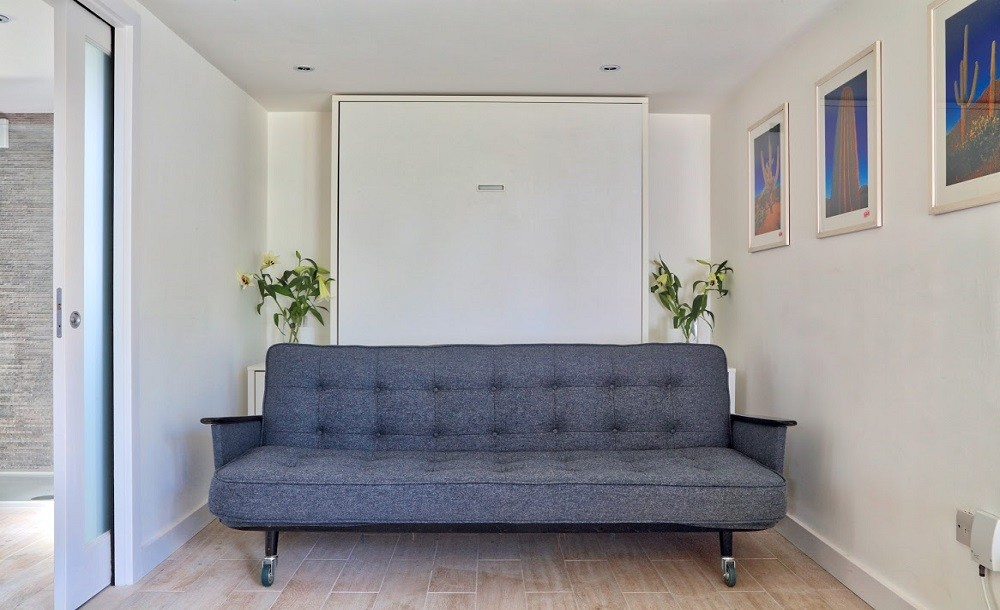 We can provide internal stud wall partitions to create the layout you desire in your garden room