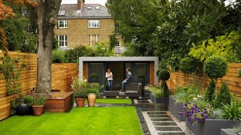 Cuberno garden room in a typical Richmond back garden