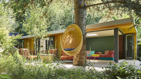 Bespoke ceramic studio and garden leisure room