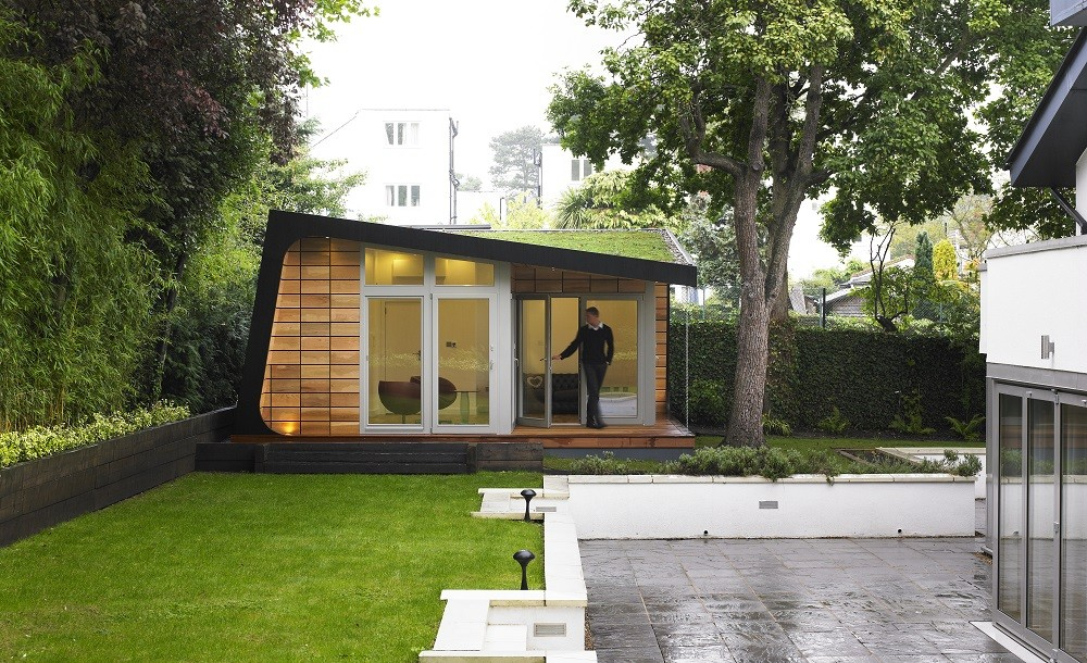 Bespoke garden room with green roof from Rooms Outdoor