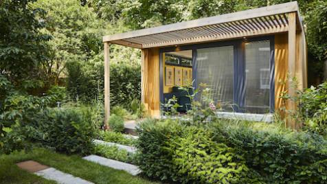 Family garden room with patio area