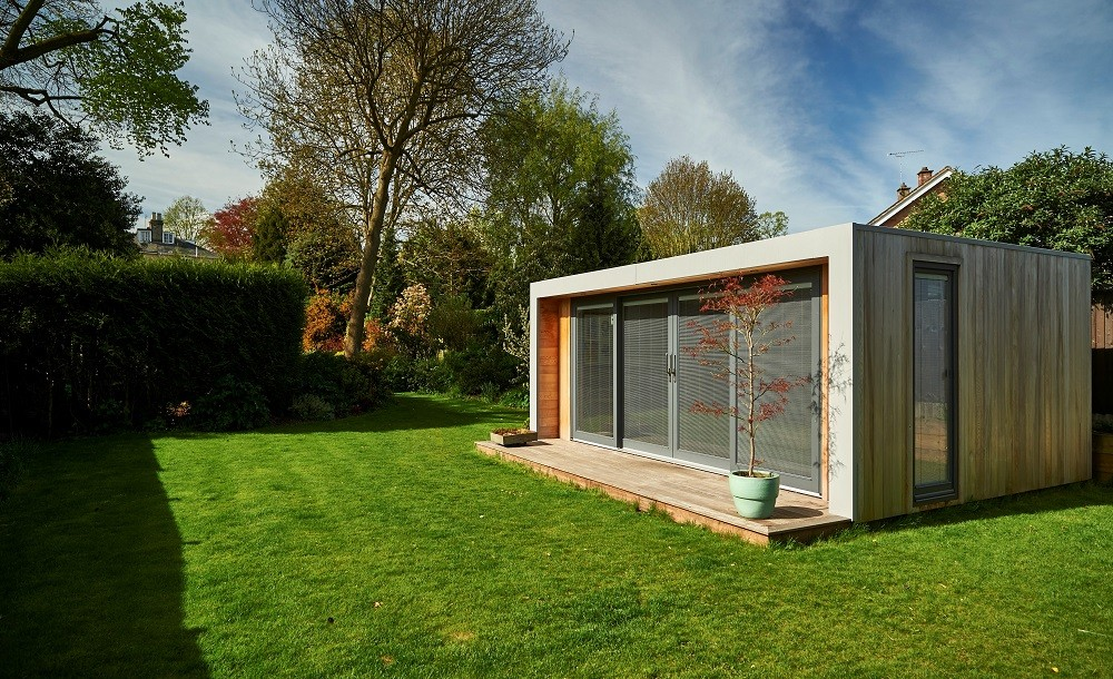 Cuberno garden studio with standard Western Red Cedar cladding