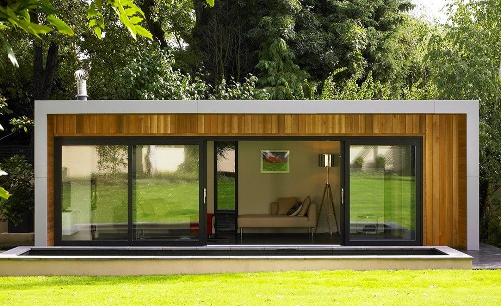 Cuberno garden room with sliding doors