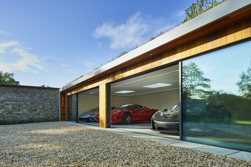 Garden car showroom with sliding doors