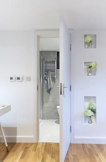 Garden annexe with shower room