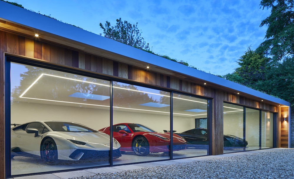Outdoor car garage