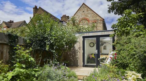 Scandinavian outdoor office in London