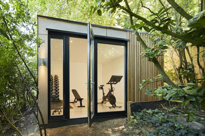 Garden fitness studio