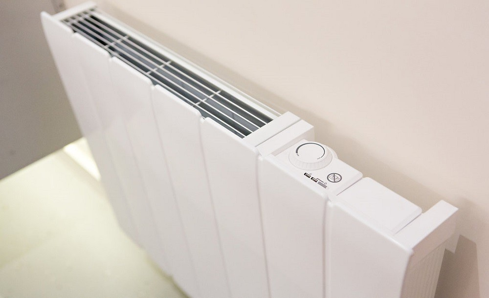 Wall mounted heater for garden rooms
