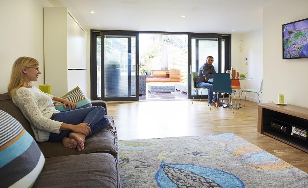 Standard environtmental friendly semi- solid oak flooring for garden rooms